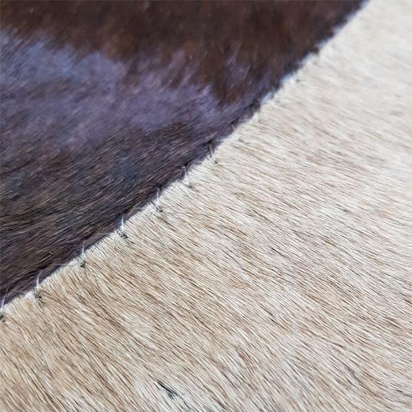 کلاژ فرش و پوست و چرم مدل ASMkK